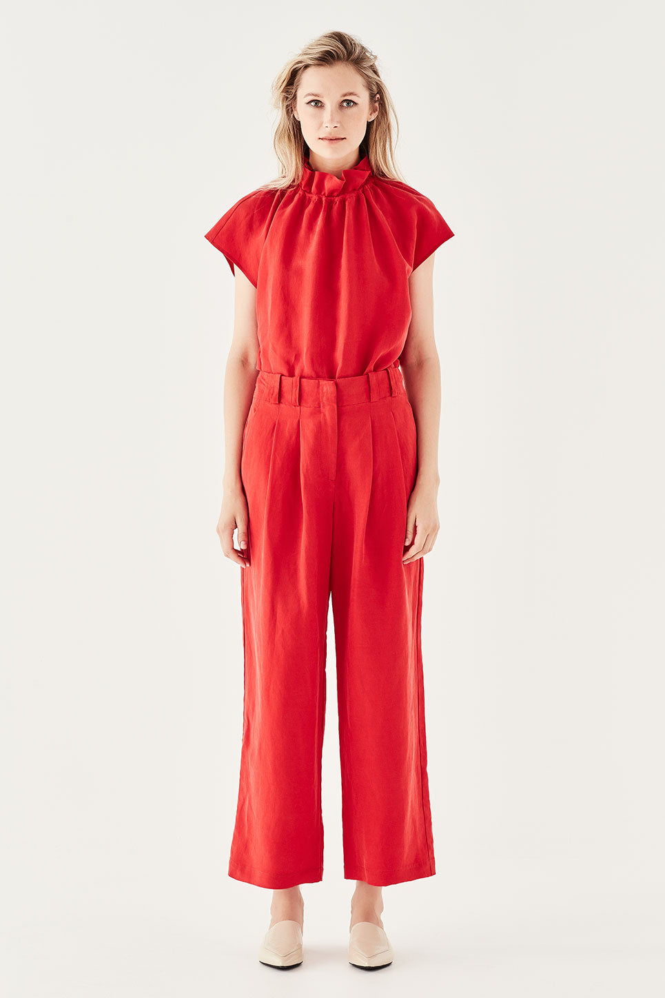 The Delamore Trouser in Chilli