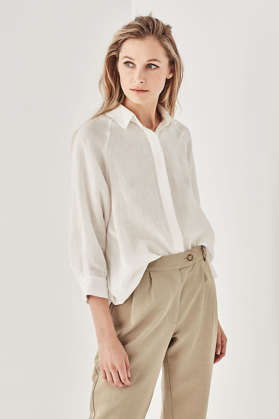 The Gibson Shirt in Ivory