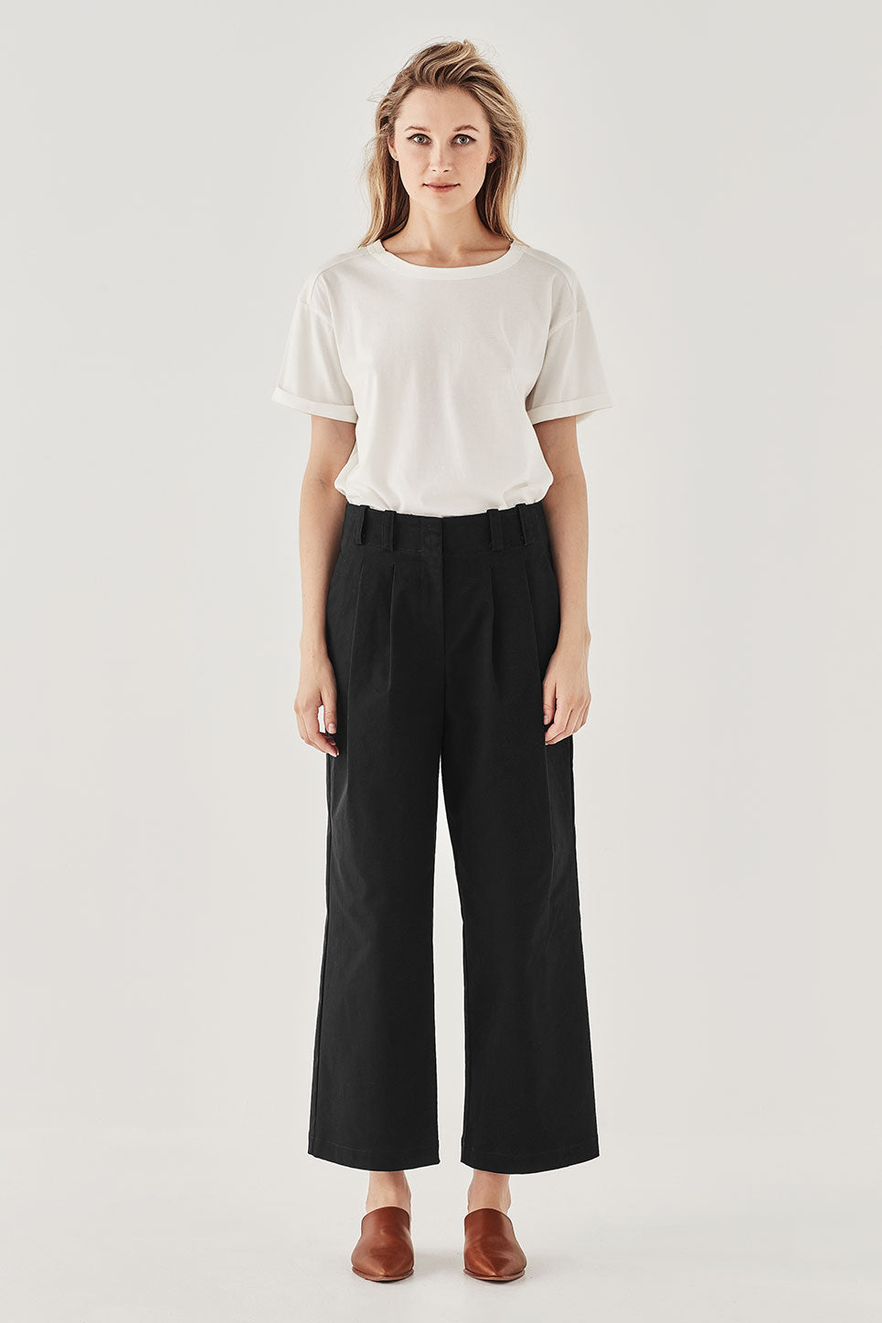 The Delamore Trouser in Black
