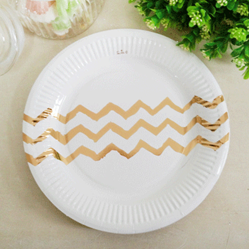 Paper Gold Chevron Plate 23cm - (Pack of 12)
