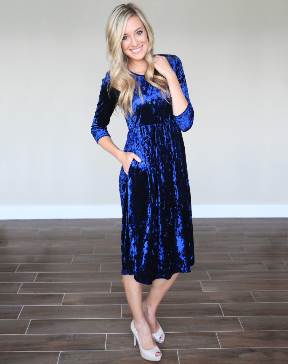Velvet Babydoll Dress in Navy Size XL