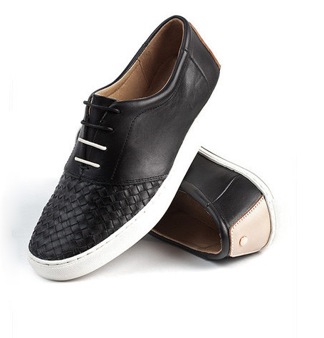 Lowe Black Shoe