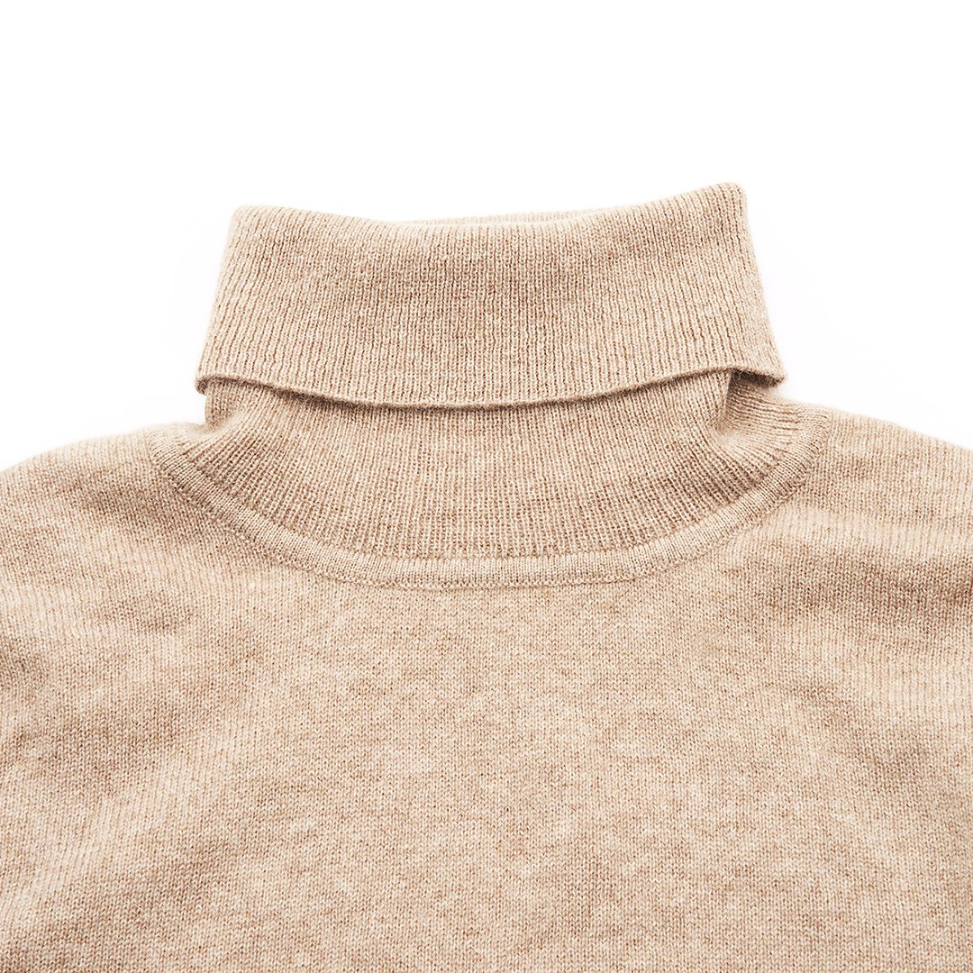 Millstrand Co. Aurora Cashmere Turtleneck in Maxi