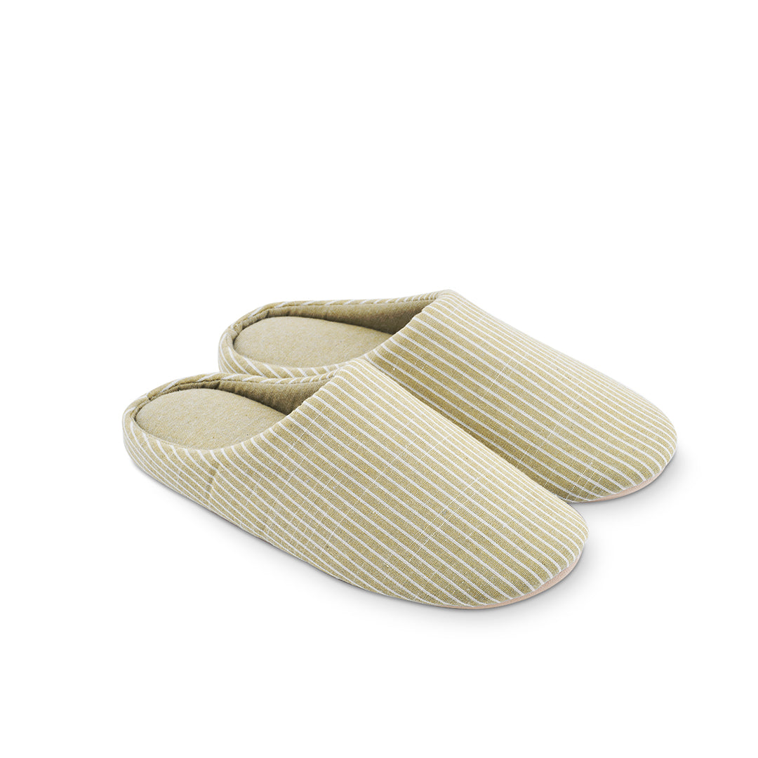 Millstrand Co. Aspen Indoor Slippers, Beige & White