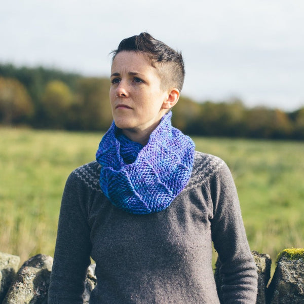 Selkie Cowl - Simple Crochet Cowl Pattern
