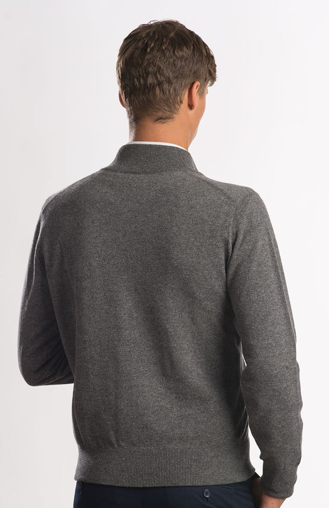 Cardigan in puro cashmere full zip, color grigio scuro, dietro.