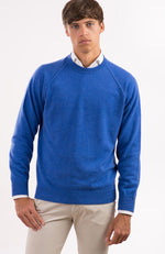 Felpa girocollo in puro cashmere color blu cina, davanti.