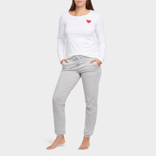 Mama Love Tee & Joggers Outfit