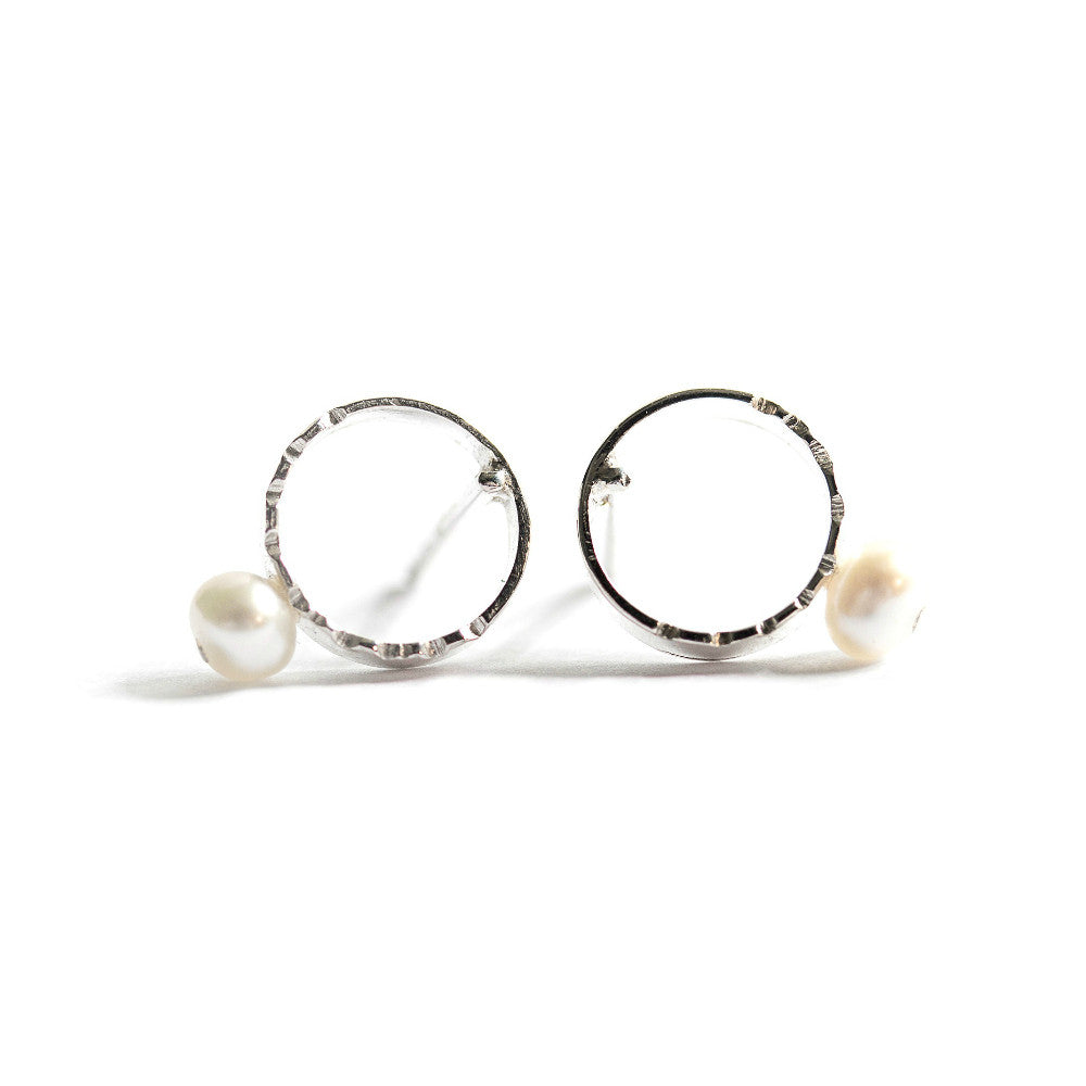 Silver & Freshwater Pearl Studs (Full Circle)