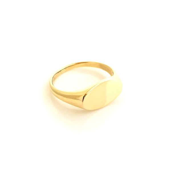 Gold Oval Ladies Signet Ring