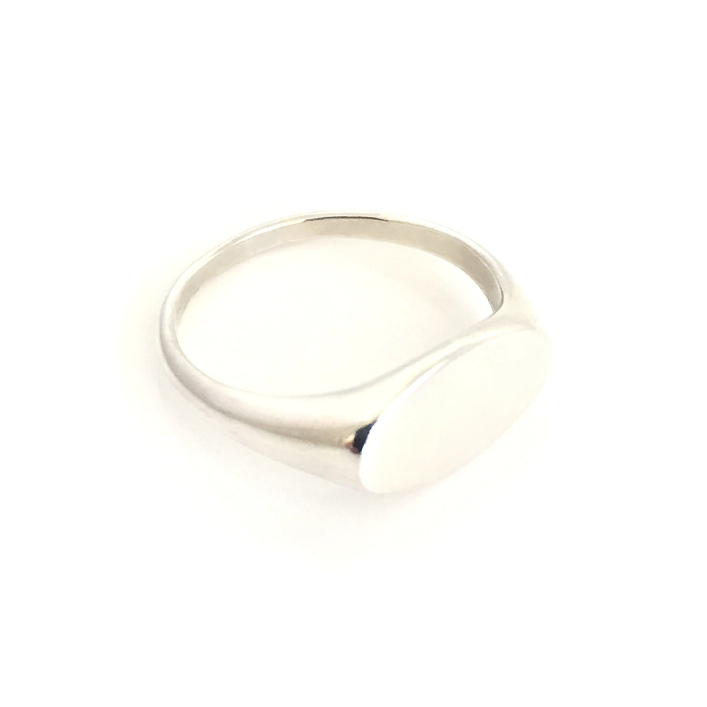 Silver Oval Ladies Signet Ring