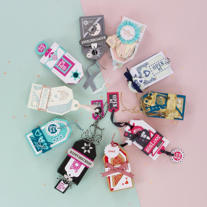 Tonic Studios - Luggage Tag Box Die Set - Plus 2 FREE Items - 273BB