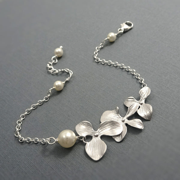 Orchid and Pearl Bracelet