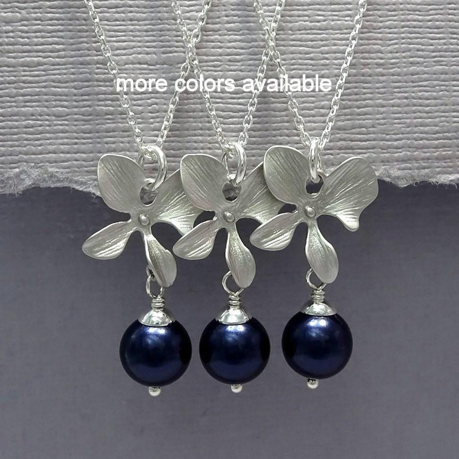 orchid and navy pearl necklace