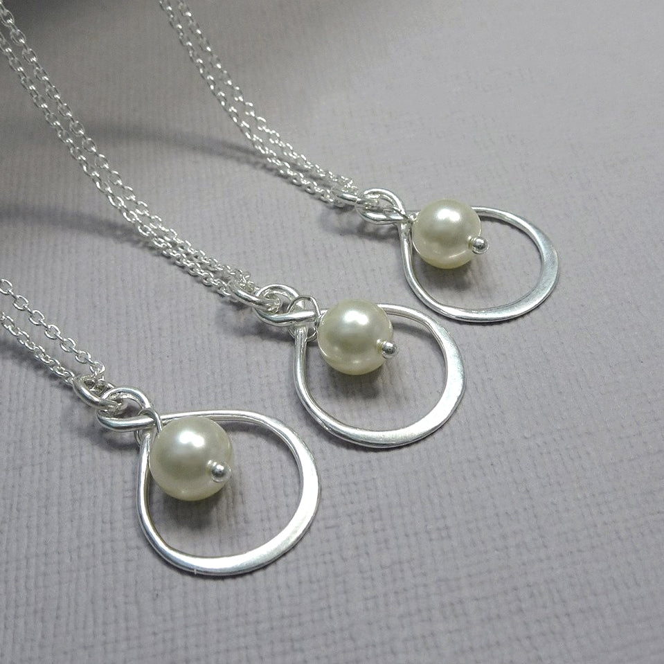 infinity and ivory pearl necklace
