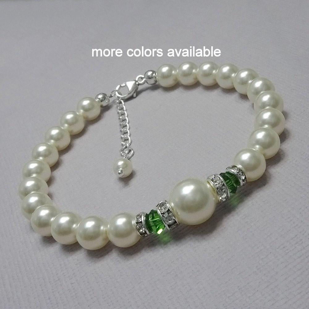 ivory pearl and erinite green crystal bracelet
