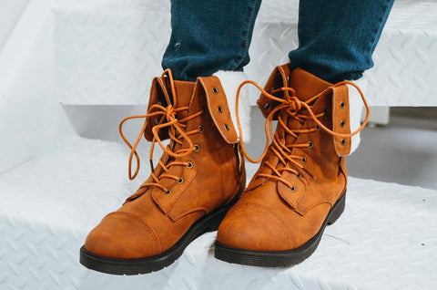 Winter Wonderland Boots in Camel