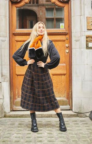 Trudie Skirt Small Check in Black & Camel