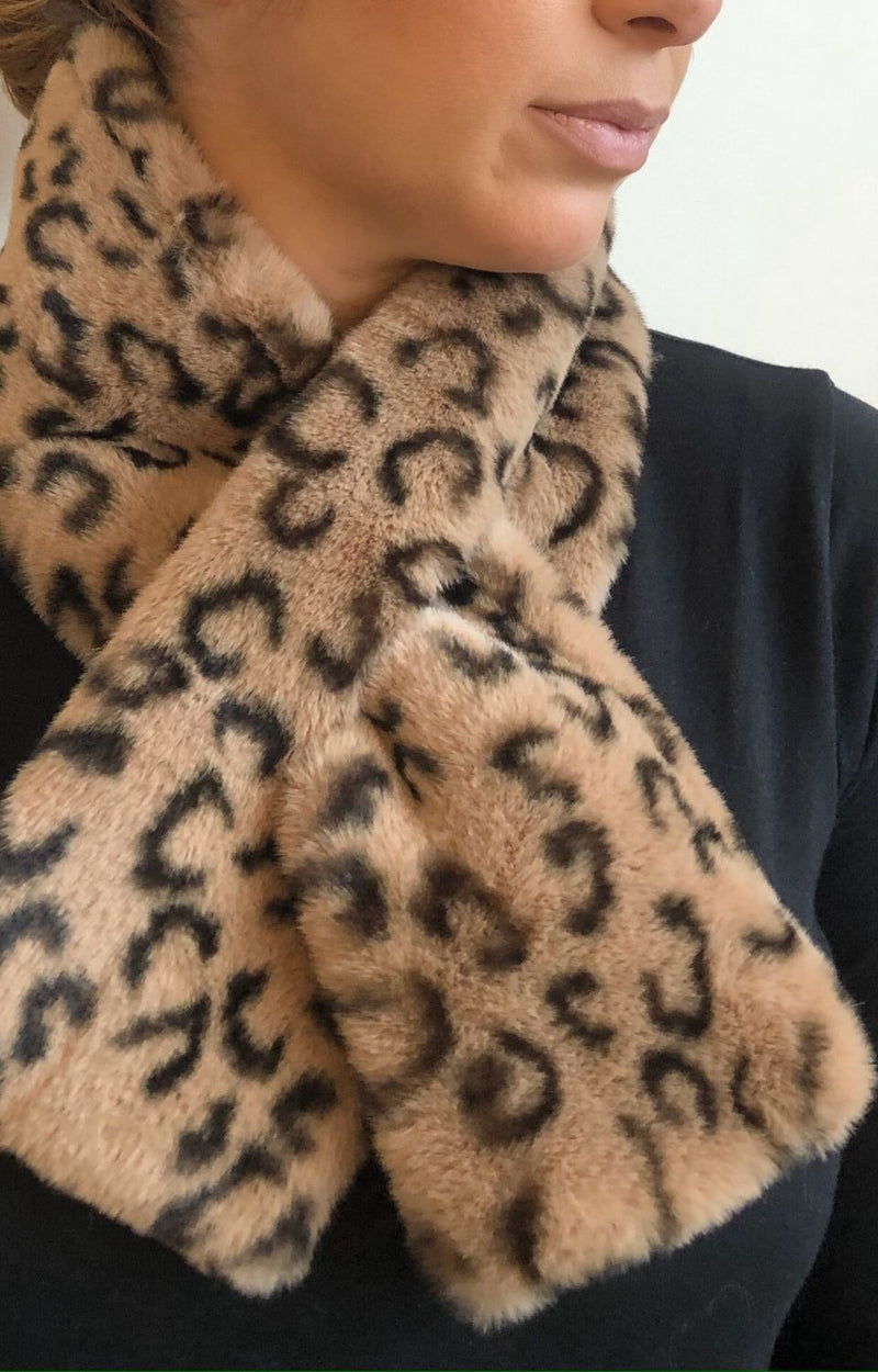 Kimmy Collar in Taupe Cheetah