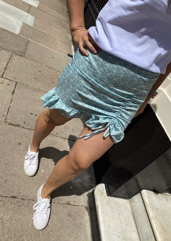 Ruched mini skirt mint