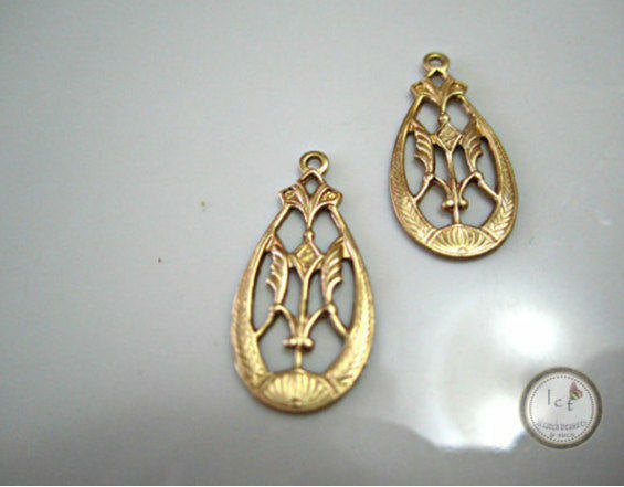 Raw Brass Oval Filigree Earring Jewelry Making Charm Drop 15mm (1 pc) 37V7