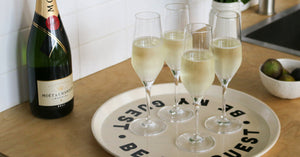 The Differences Between Champagne Flutes and Coupe Glasses