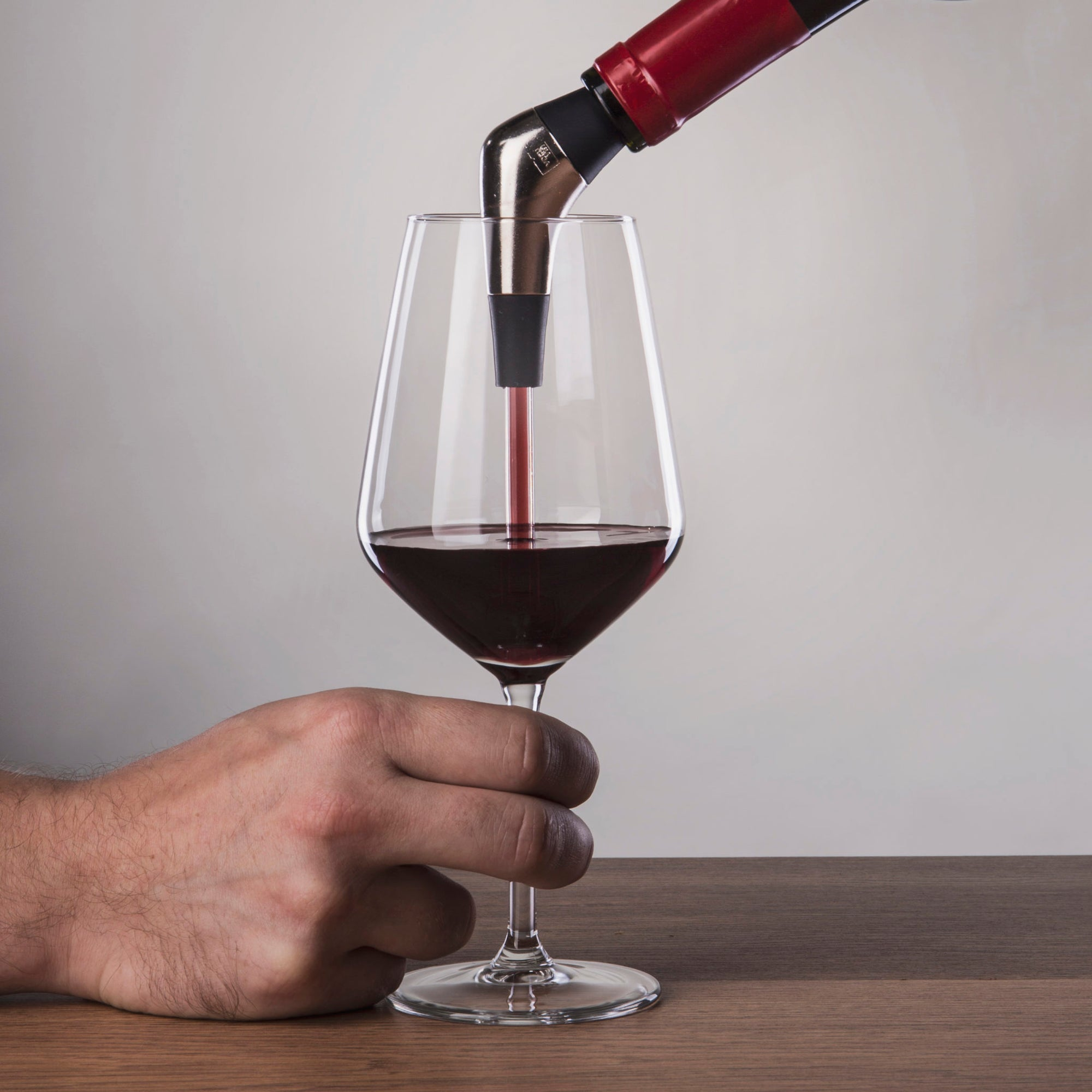 Slow Wine Pourer