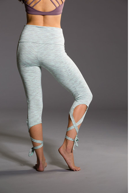 Ballerina Capri Leggings - Mint Heather - NorthPoint Yoga