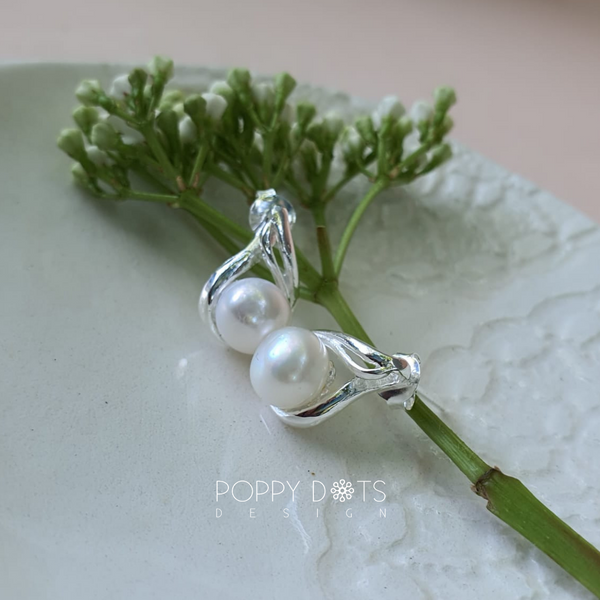 Sterling Silver & Freshwater Pearl Cosette earrings