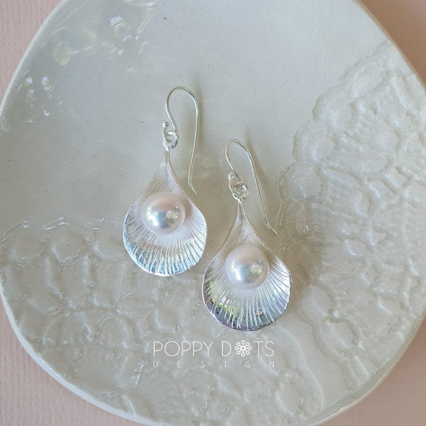 Sterling Silver & Freshwater Pearl Elodie earrings