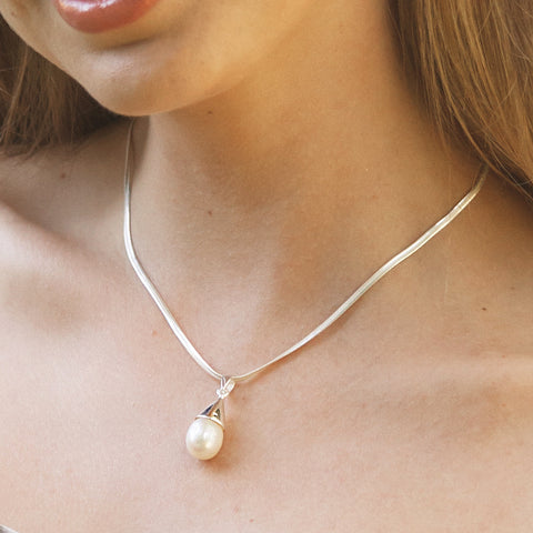 Sterling Silver & Freshwater Pearl Drop Pendant