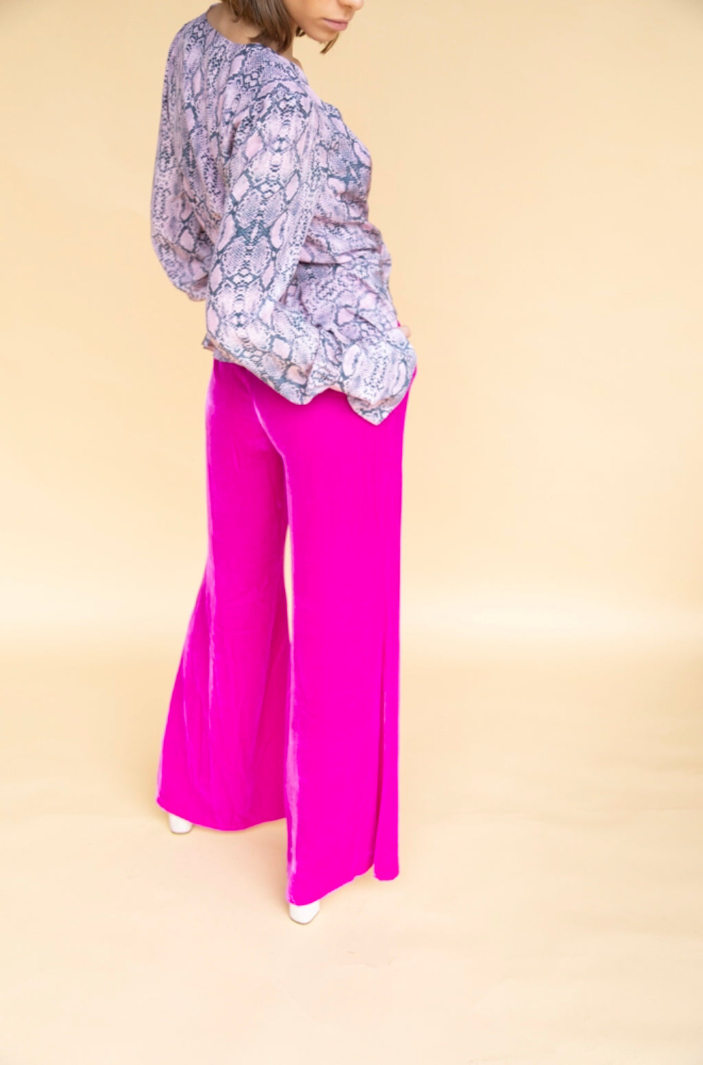 Les Rêveries Fuschia Velvet Lounge Pants
