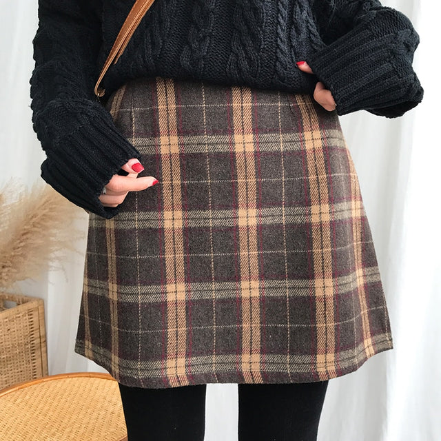 Retro Style Plaid Mini Skirt - Shop Minu (skirt) Korean Aesthetic Asian Women's Fashion