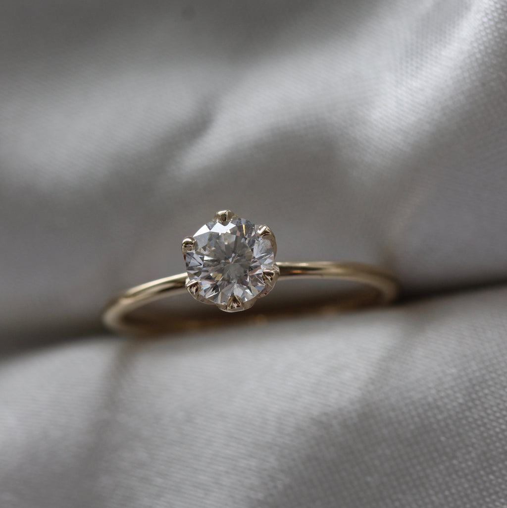 2 2 6 // 1.00ct moissanite grandpierre ring