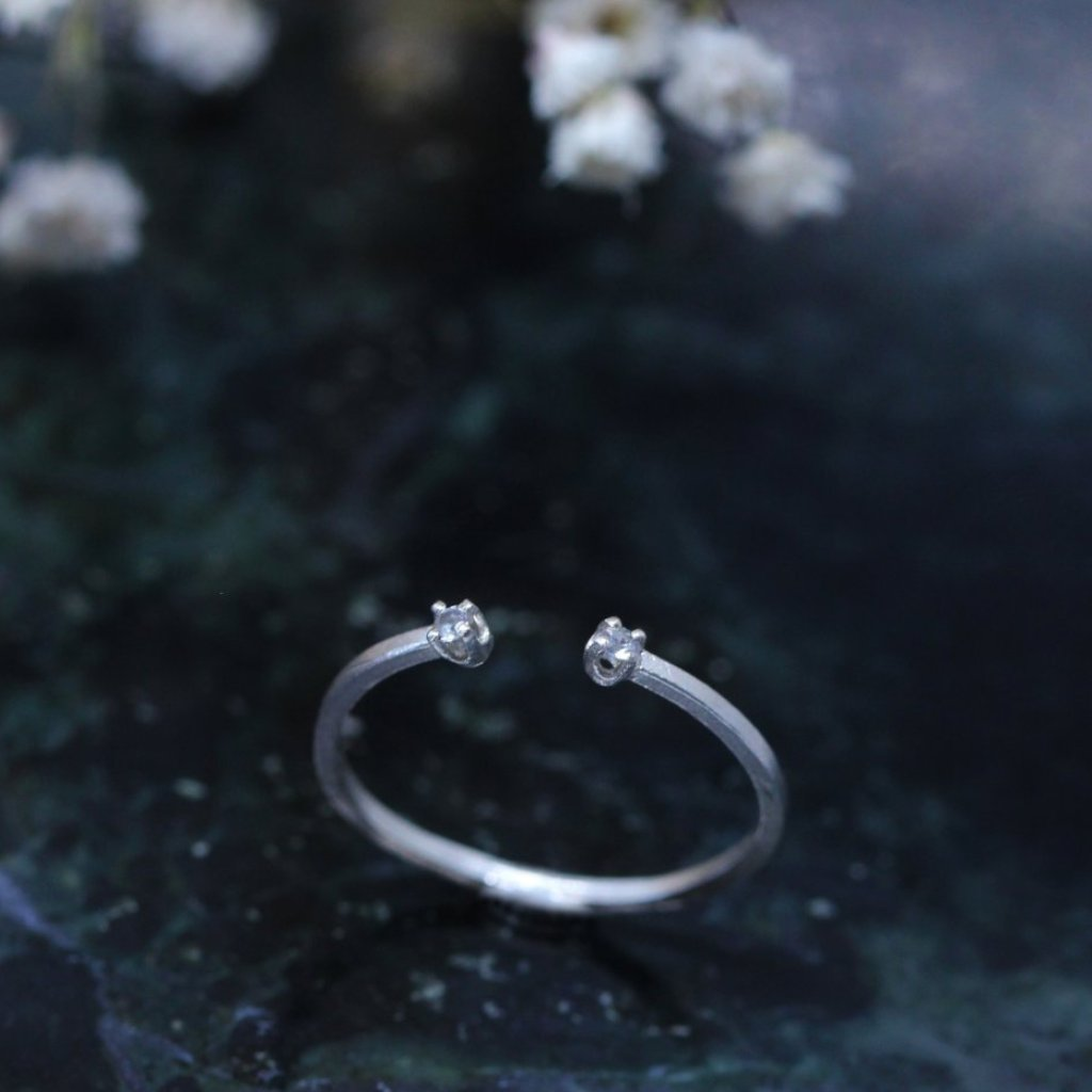 3 3 8  // stardust ring - sterling silver