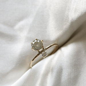 2 1 9 1 // 0.87CT champagne and white diamond above x below ring - ready to ship