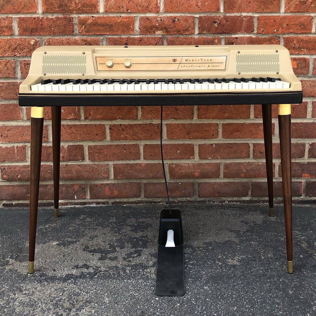 Wurlitzer 200/200A Walnut wood legs with brass hardware