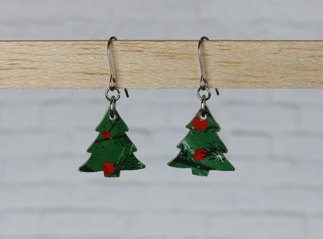 Christmas Tree - Green with Red Ornaments