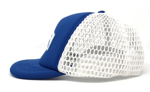 "Trucker Hat with Small ""Ball"" Brim and Big Hole Mesh - Concept California - Blue/ White"