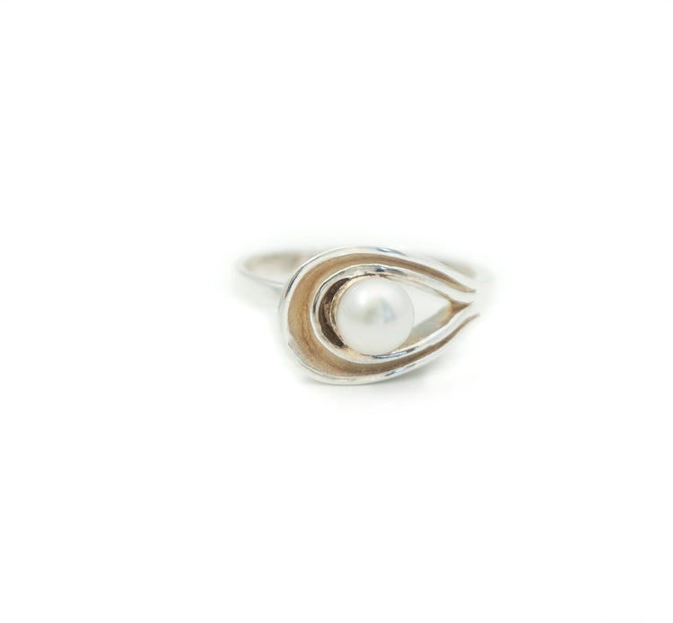 Swirl and Pearl Ring