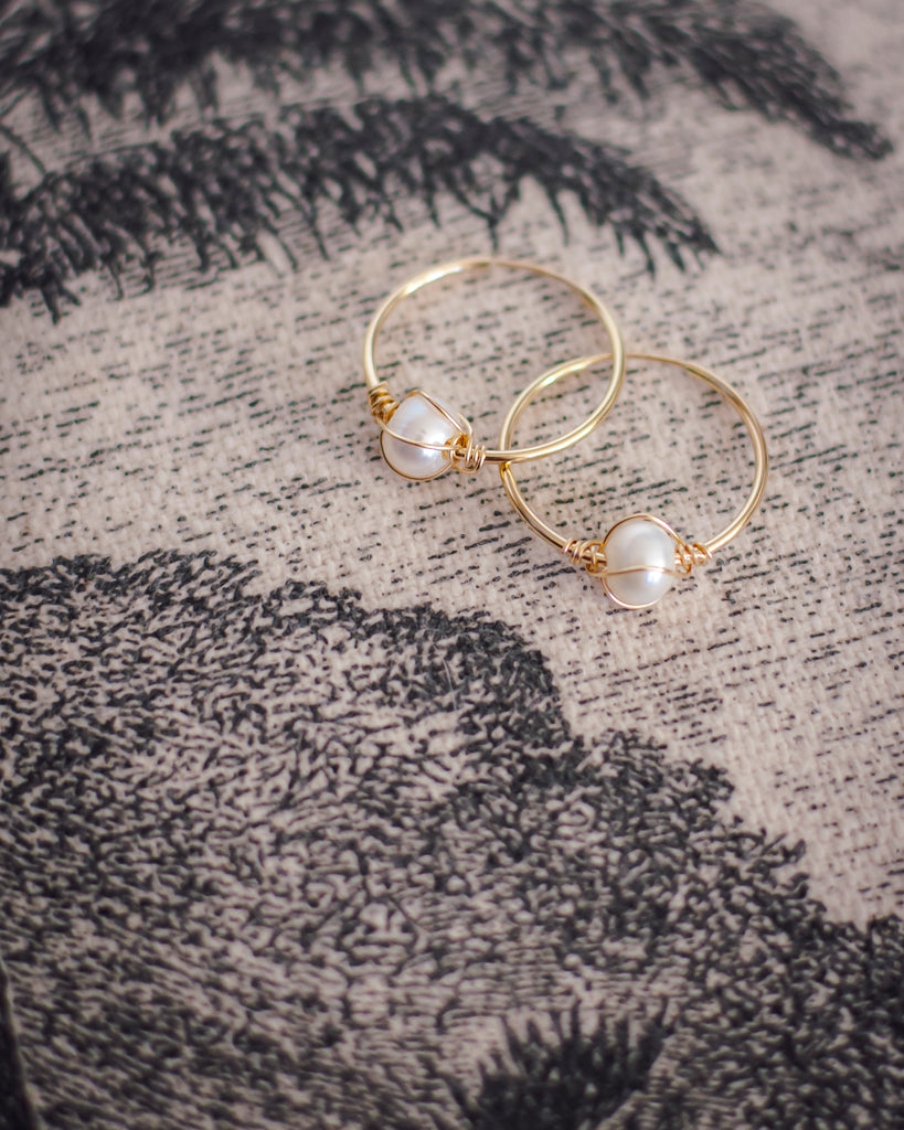 Mini hoops with fresh water pearls in 14k Gold Filled