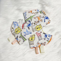 "INSTOCK Reversible Corner Drool Pads ""Animals Play"""