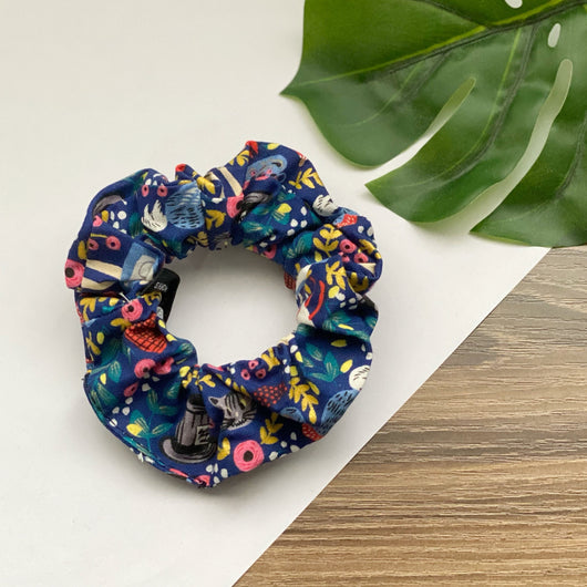 Alice in Wonderland - Hair Tie Scrunchie
