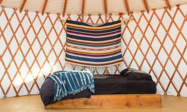 yurt-home-inside-living