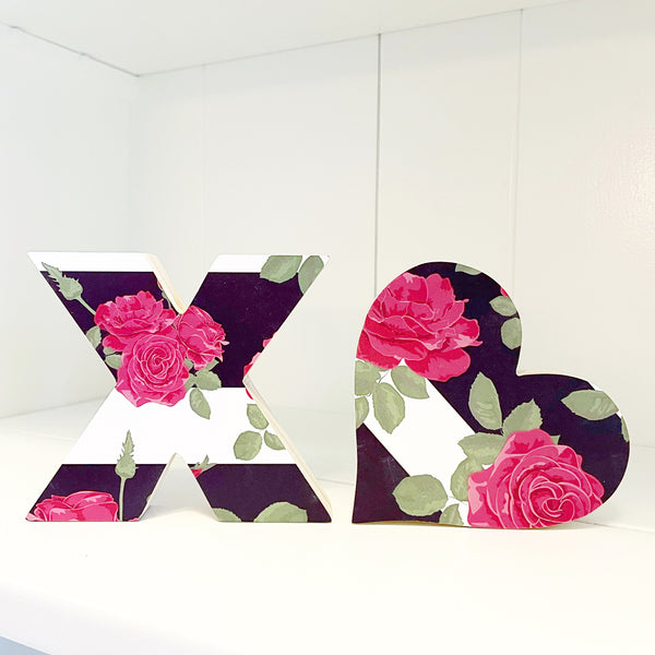 Home Line - XO - Black White Floral