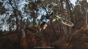 Antoine Buffart - Tailwhip with the big bike - Video