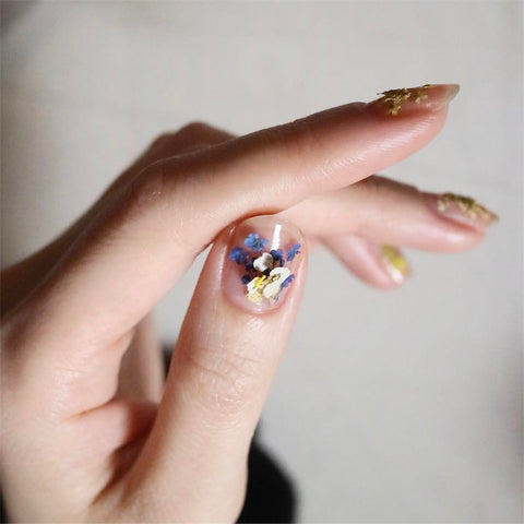 Dried Flower Nails