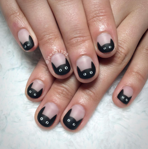 Black cat french tip