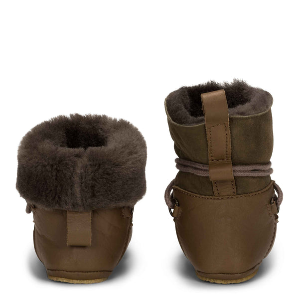 Baby Moon Boot Grün Leder von Birds of Nature bei Yay Kids