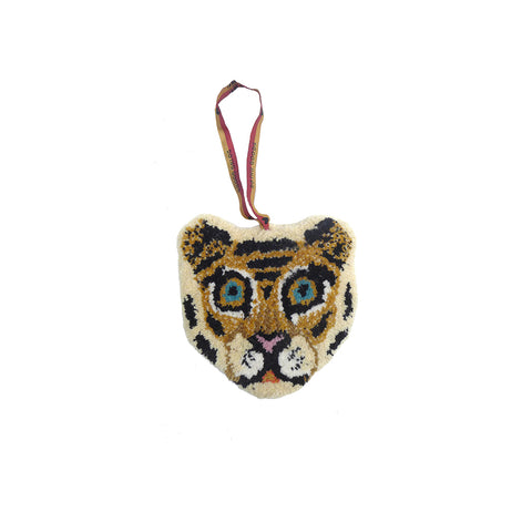 Doing Goods Cloudy Tiger Cub Hanger Deko Anhänger Kinderzimmer bei Yay Kids